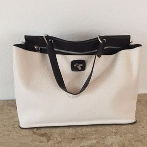 Gorgeous leather bag white and black color